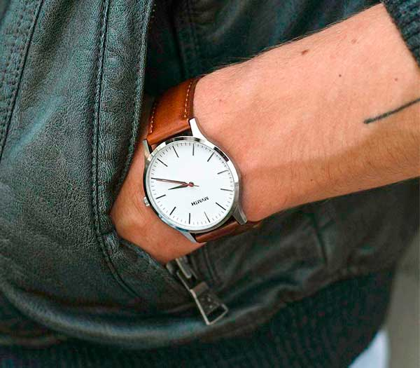 40s Silver Natural - MVMT Watch Review